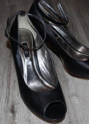 Туфли босоножки next натуральная кожа