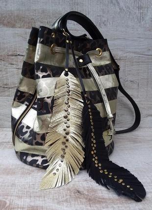 100 % кожа. золотистая сумка - ведро, мешок, кисет