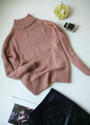 Оверсайз свитер с высоким горлом