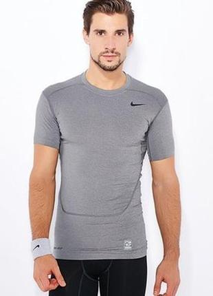 Компрессионная футболка nike pro combat