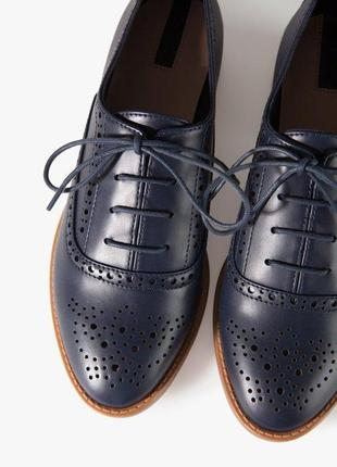 Туфлі оксфорди stradivarius