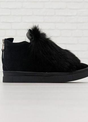 Зимние ботинки с мехом кролика