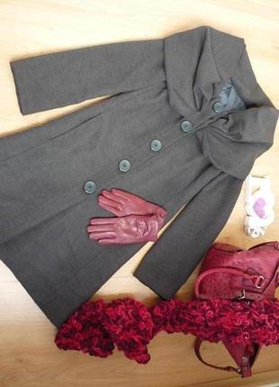 Элегантное пальто деми с воротом капюшоном/ италия