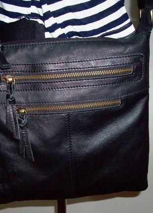 Кожаная фирменная универсальная молодежная сумка от 5 avenu сост отличное