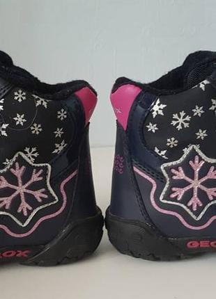 Зимние сапоги ботинки geox на девочку!!