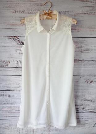 Блуза трикотажная без рукавов с кружевной кокеткой