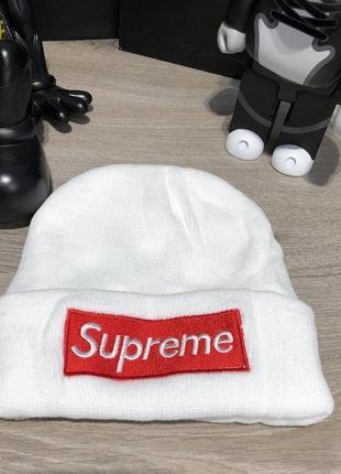 Шапка supreme