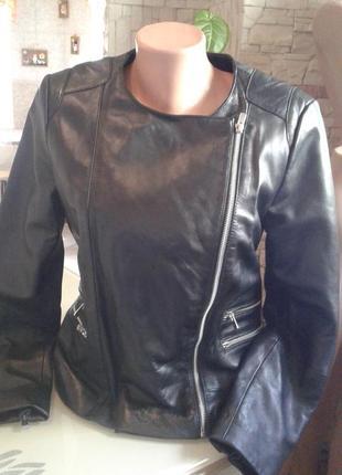 Шкіряна куртка-косуха mango