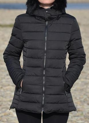 Дуже крута та надзвичайно тепла зимова куртка