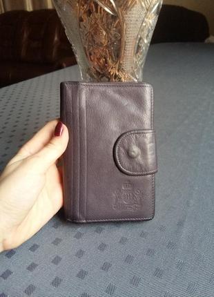 Кожаный фиолетовый кошелек фирмы marco
