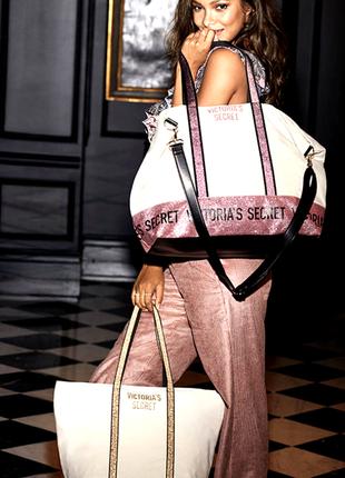 Шикарный набор дорожных сумок victoria's secret пляжная сумка оригинал!!