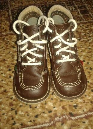 Кожаные демисезонные ботинки kickers в отличном состоянии