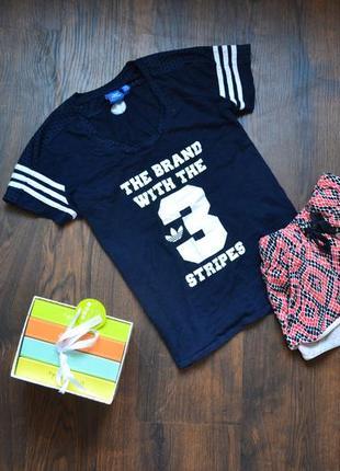 Крутая фирменная футболочка  adidas oriddinal (можно комплектом с шртиками)