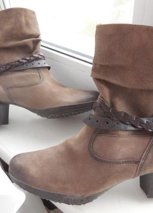 Кожаные демисезонные ботинки venturini на каблуке ecco 40р.-41р-26,5 см.