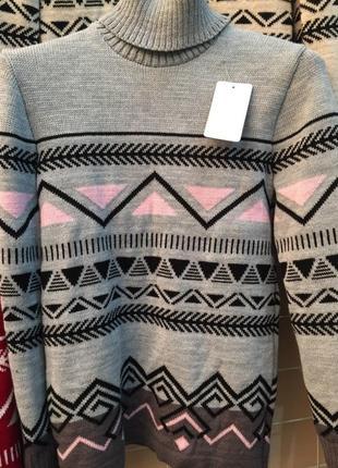 Красивый, вязаный свитер (44-50 р.)есть другие цвета4
