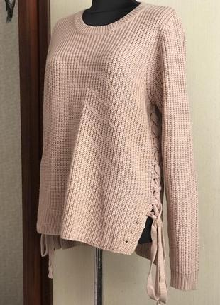 Мягенький свитер с завязками цвета пудра