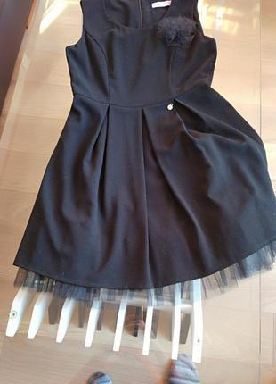 Стильное вечернее платье rinascimento