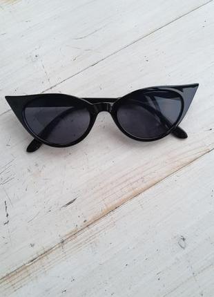 Суперстильные очки кошки