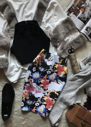 Бандажный комплект ( топ и юбка)