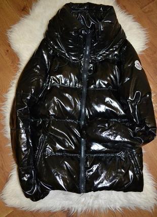 Курточка ( зима) на синтепоне moncler