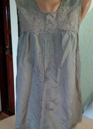 Нежная блуза с кружевными вставками