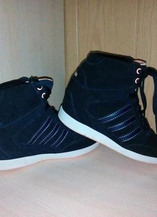 Кроссовки — сникерсы adidas