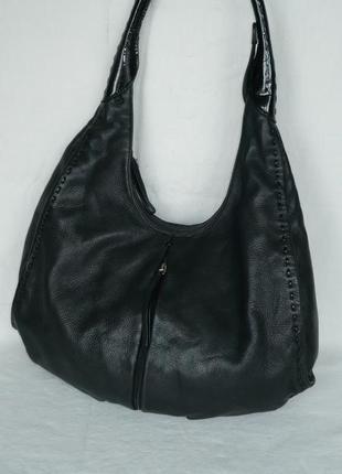 Вместительная кожаная сумка хобо radley london ручка на плечо