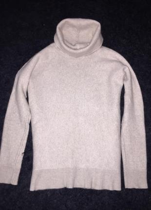 100% кашемировый  молочный свитер