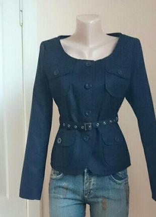 Очень красивый пиджак morgan m новый