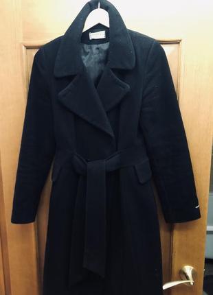Пальто чёрное классическое тёплое