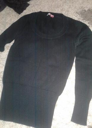 Чёрная красивая кофточка