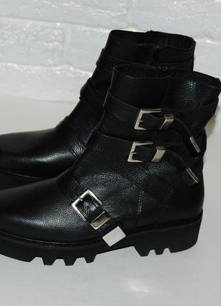 Ботинки кожа кожаные осенние черные тракторная подошва  bronx оригинал 38 р-р