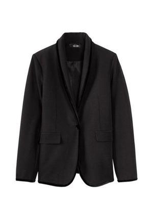 Стильный черный пиджак 😍