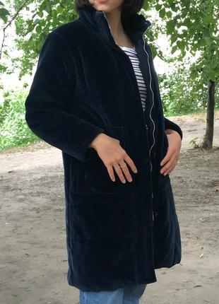 Велюровое пальто valentino