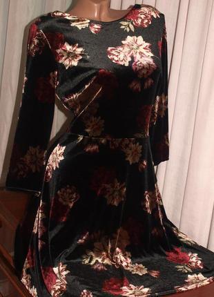 Шикарное бархатное платье (м замеры) с узором, мягкое красивое, превосходно смотрится