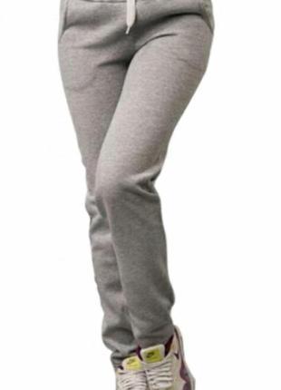 Очень тёплые спортивные штаны на девочку подростка