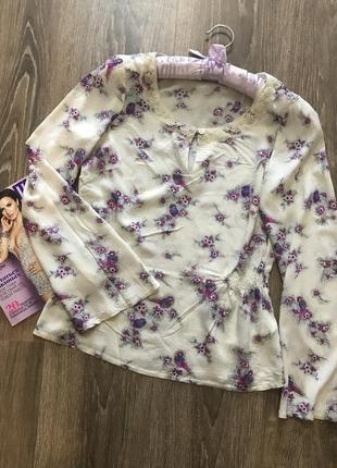 Блуза с нежными птичками