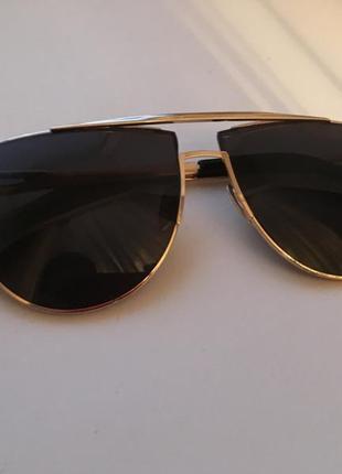 Очки солнцезащитные диор с золотистой оправой