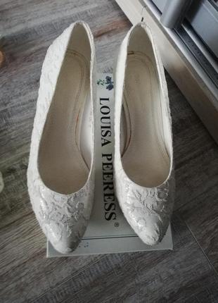 Кожаные бредовые свадебные туфли louisa peeress