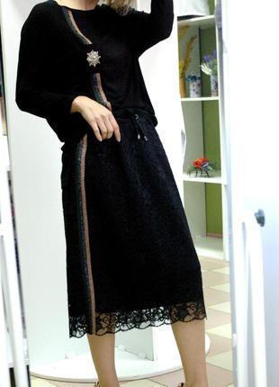 Стильный универсальный юбочный костюм с лампасами by gizzly