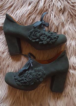 Туфли зеленого цвета chie mihara,ботильоны зеленого цвета,туфли на каблуке