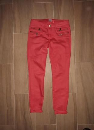 Красные штаны only
