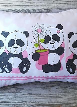 Подушка четыре панды