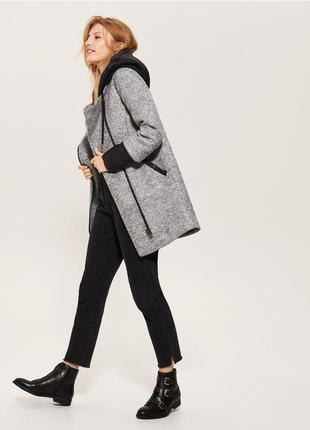 Пальто серое с капюшоном теплое осень зима синтепон бойфренд