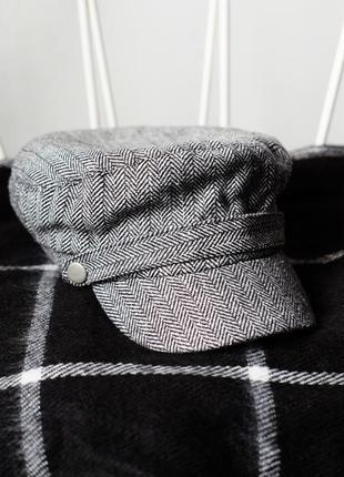 Трендовая кепка accessorize