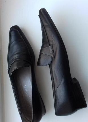 Туфли 38.5 р стильные актуальные оксфорды балетки peter kaizer