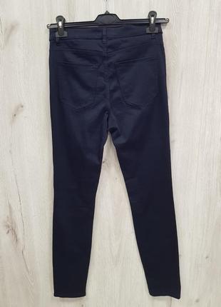 Темно синие зауженные стречйевые штаны h&m 40.m-l2 фото