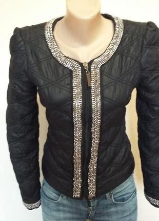 Красивая куртка paris hilton размер s-xs