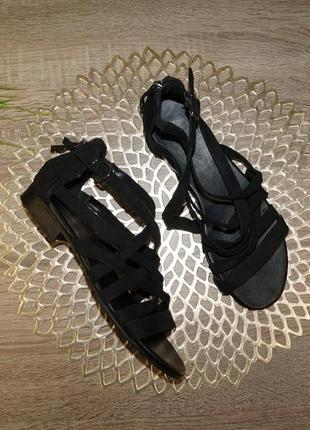 (38/24,5см) graceland! красивые и комфортные босоножки с закрытой пяткой