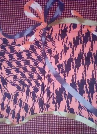 Большой шёлковый платок,шов роуль,85*84 см.